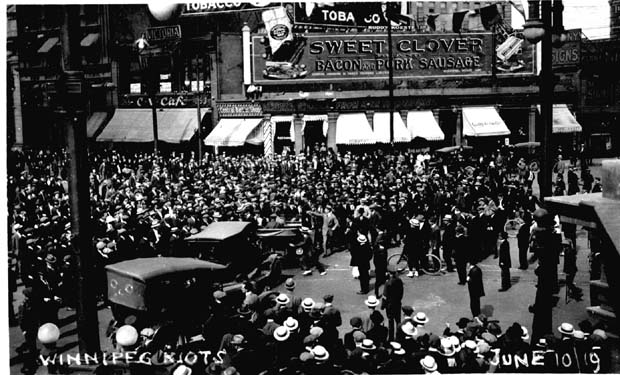 winnipeg general strike Crowd gathered outside old city hall during the winnipeg general strike, june 21, 1919 the winnipeg general strike of 1919 was one of the most famous and influential strikes in canadian history.