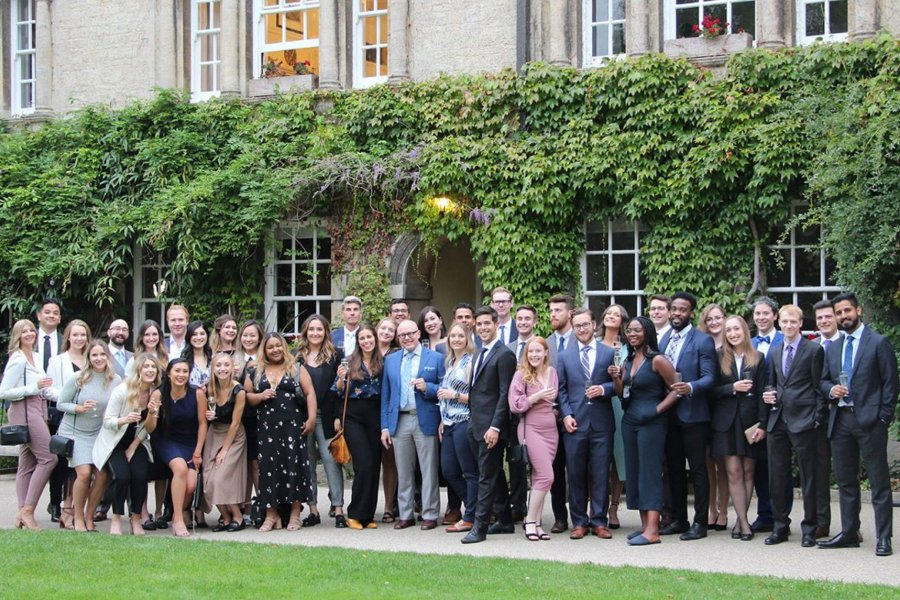 ROBSON HALL LAW STUDENTS IN FRONT OF HERTFORD COLLEGE AT THE UNIVERSITY OF OXFORD WHERE THEY PARTICIPATED IN THE DESAUTELS OXFORD PROGRAM IN INTERNATIONAL AND COMPARATIVE BUSINESS LAW AND SOCIETY.